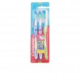 Colgate Extra Clean Medium Brosse À Dents 3 Unités